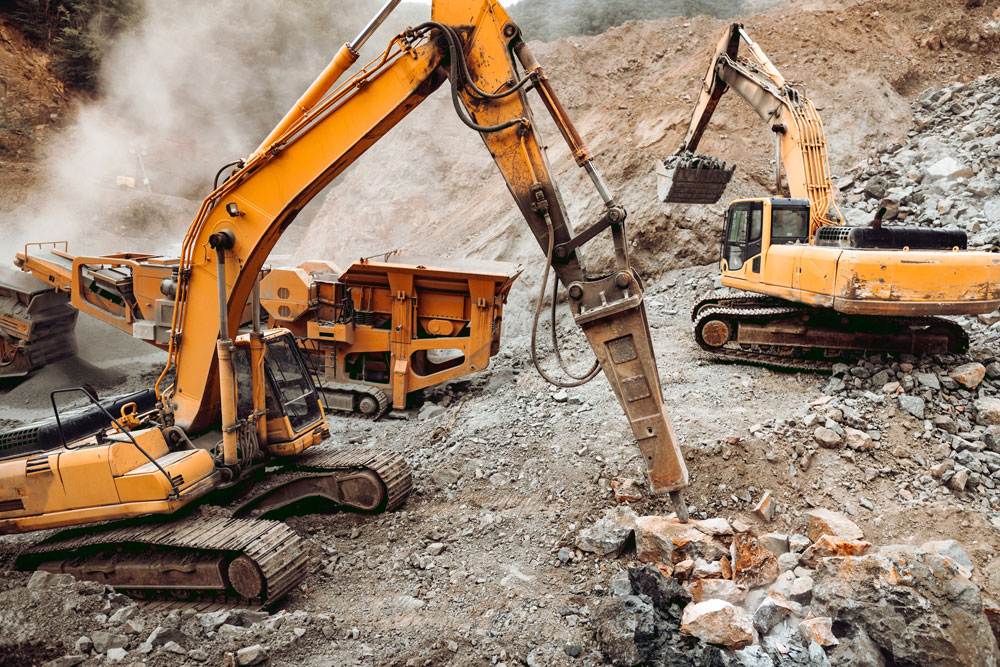 hydraulic-crusher-and-track-type-excavator-backhoe-GP5L994